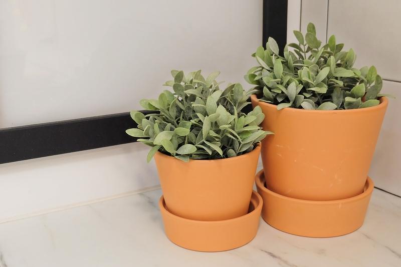de voordelen van kunstplanten