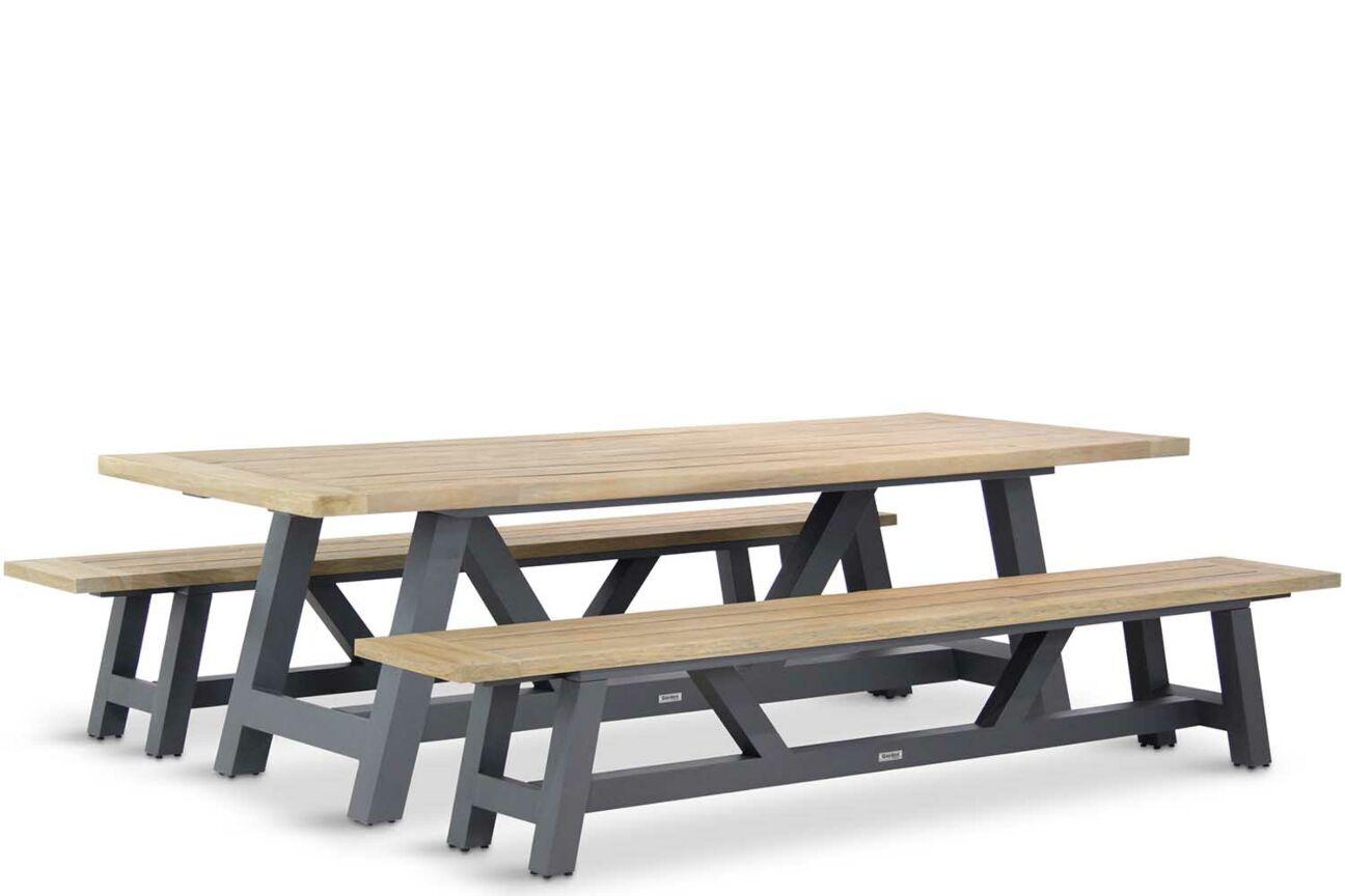 mooie houten picknick tafel