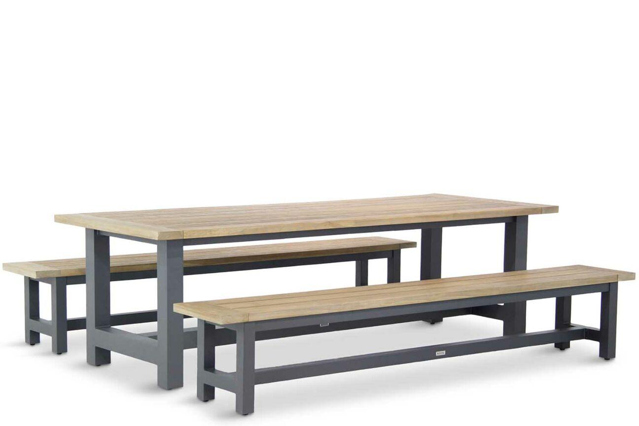 mooie houten picknick tafels
